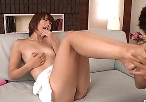 Alluring masturbation scenes away from cute Seira Matsuoka