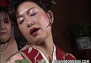 Asian mature drab has a rope session to observe