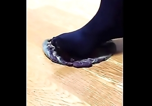 【fetish】Daifuku food crush Knee high socks