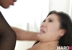 Stunning asian beauty DP hardcore