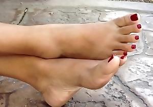 Asian footjob with cumshot!!