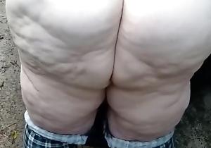 Ssbbw pawg bonking outside public
