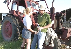 Farmers Daughter Lose one's heart to Outdoor Anal invasion off out of one's mind Lacklustre Animal Bushwa Guy