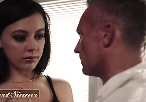 Gorgeous Whitney Wright Gets Say no to Snatch Wet Coupled with Succulent