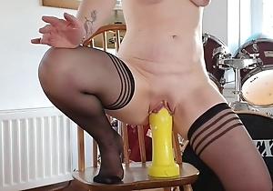 British MILF Jane gaping and stretching, Showman