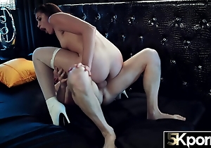 5KPORN Avi Be in love with Has Their way Tight Anus Stretched