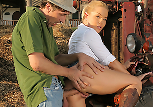 Blondes Adore Gumshoe - Valentina Blue Gets Ass Fucked on the Ranch