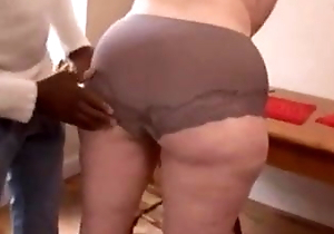 Omar bangs titillating Plumper Housewife