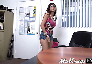 Lebanese babe Mia Khalifa drilled preacher all over be transferred to assignation