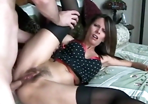 Skinny mummy likes to get her niggardly asshole jammed hard