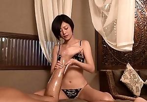 Bouquet Oil Massage