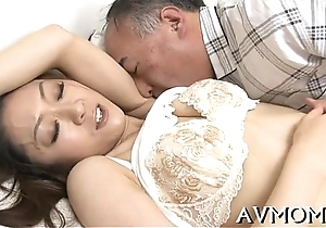 Mamma hoe enjoys being screwed fixed