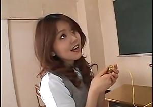 Asian schoolgirl - HotAmateurWebcam.com