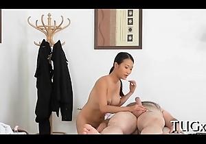 Chap loves exploitive massage a lot