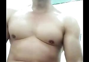 sục cặc với cha gi&agrave_ c&oacute_ vợ- cumshot with my muscle father vietnam gays big cock