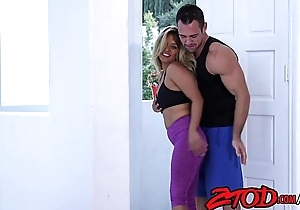 fit-asian-babe-fucked-by-muscled-boyfriend-720p-tube-xvideos